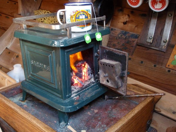 SMALL STOVE REVIEW: Navigator Stove Works – Sardine - SMALL STOVE REVIEW: Navigator Stove Works €� Sardine Tiny Wood Stove