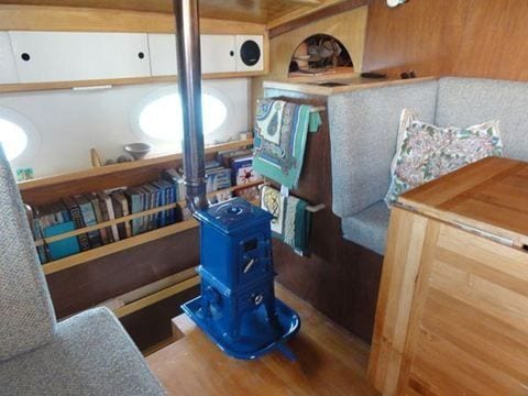 ... Pipsqueak stove in sailboat - TINY STOVE: The Pipsqueak Tiny Wood Stove